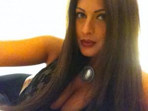 """""""Forse mi riduco il seno"""". Curve e disagi per l'ex miss Francesca Testasecca"""